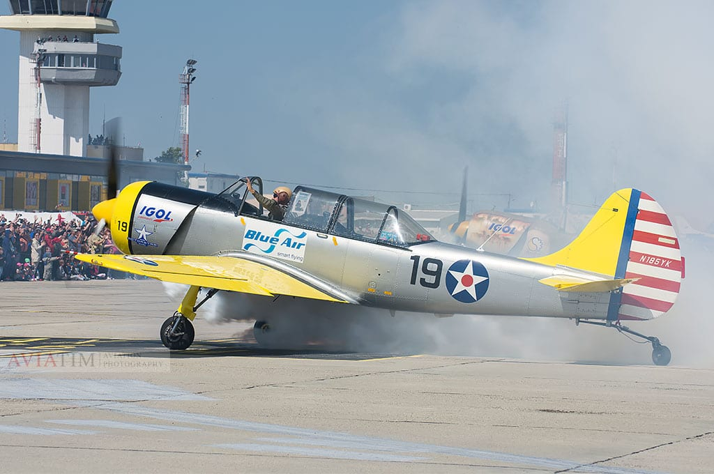 Aerobatic Yakers Yak52