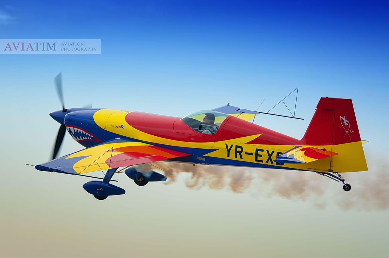 Aeromania Extra 330